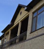 Частный дом в с. Лесники