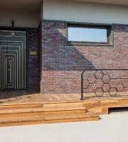 Деревянные окна для частного дома